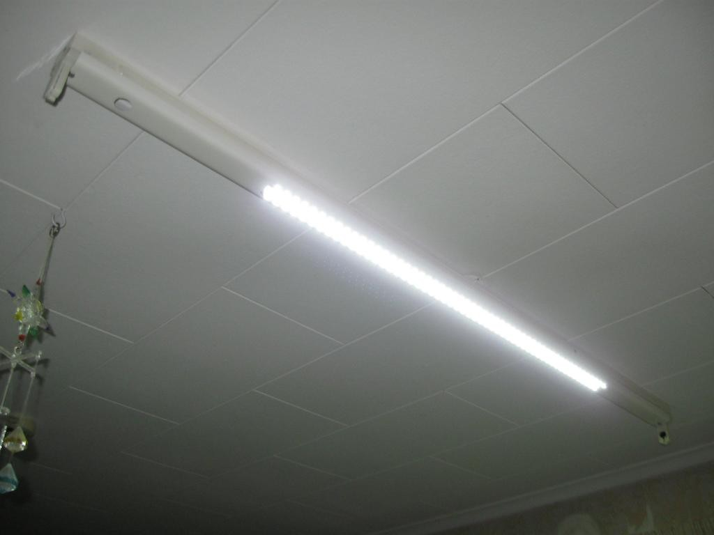 fluorescent to LED conversion